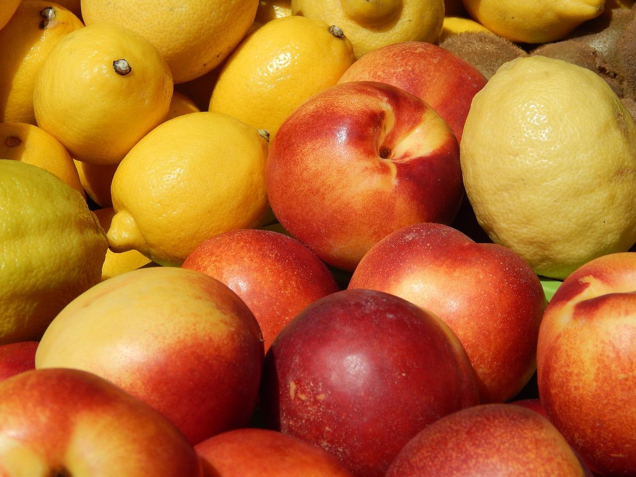 Recette bébé dès 6 mois : Purée maison nectarine, banane et citron
