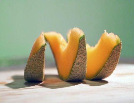 Recette bébé dès 8 mois : Compote mousseuse de melon & banane