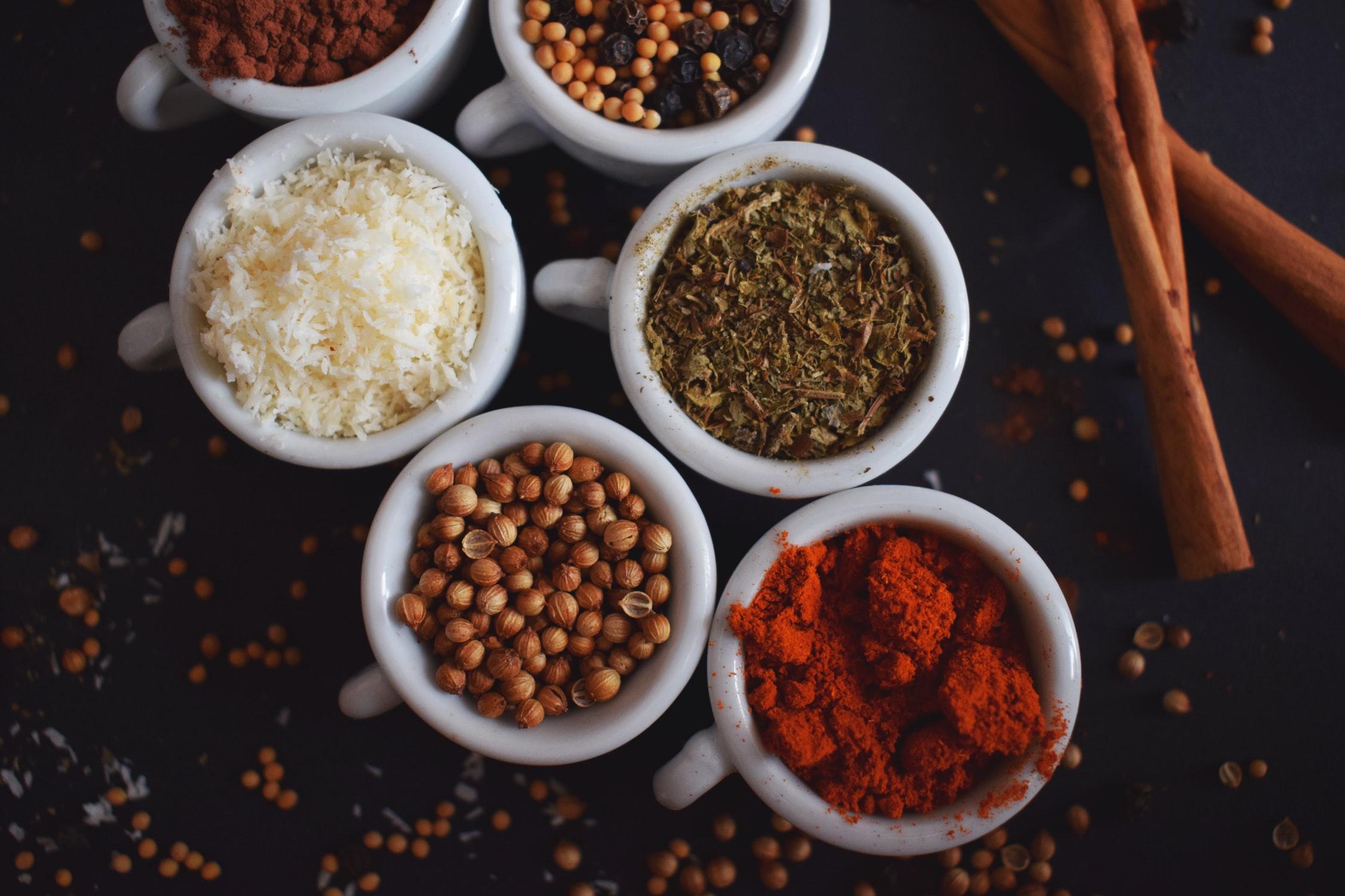 Les épices et les aromates pour les enfants