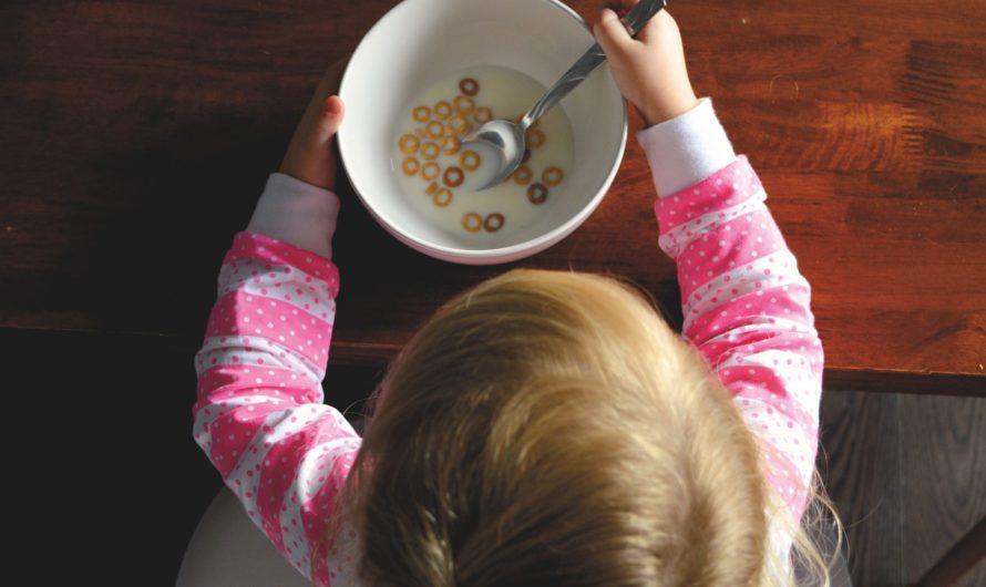 Bébé peut-il petit-déjeuner comme les grands ?